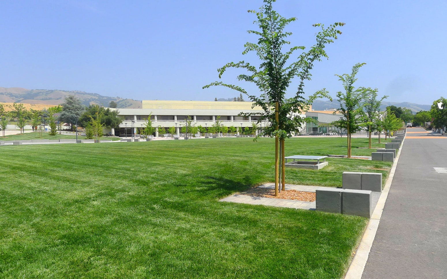 Evergreen Valley College Arts Plaza and Central Green 05